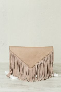 Into The Fringe Clutch (Latte)