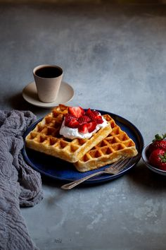 These strawberries and cream buttermilk waffles are the kind of breakfast people write songs about Oatmeal Waffles, Chocolate Waffles, Breakfast Waffles, Belgian Waffle Iron, Belgian Waffles, Keto Waffle, Waffle Recipes, Ultimate Waffle Recipe, Buttermilk Waffles