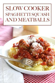 Slow Cooker Spaghetti Squash and Meatballs Recipe - Need a healthy easy meal that doesnt take much prep work? Toss some spaghetti squash and some frozen meatballs in your slow cooker and bam. Healthy Crockpot Recipes, Slow Cooker Recipes, Beef Recipes, Low Carb Recipes, Cooking Recipes, Recipies, Veggie Recipes, Crockpot Veggies, Protein Recipes