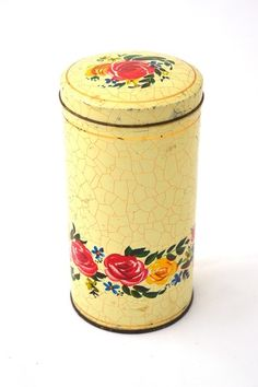 Vintage Tins, Retro Vintage, The Old Days, Old Skool, Retro Design, Good Old, Old Things, Cover, Home Decor