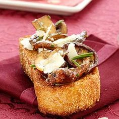 A waist-friendly holiday app: Wild Mushroom Crostini