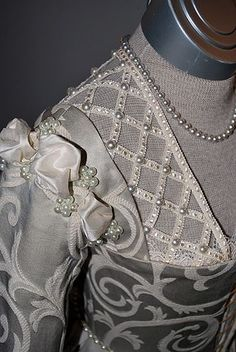 16th Century Venetian gown, made of damask and trimmed with lace, silk and pearls.  View 1 of 2.  Beautiful pearl detail.