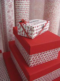 Pacchetti regalo con carta decorativa Tassotti - Gifts wrapped with Tassotti decorative paper