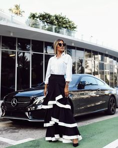Daimler Benz, Midi Skirt, Cars, Skirts, Fashion, Moda, Fashion Styles, Autos, Skirt