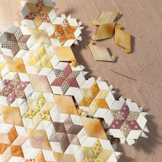 It's Friday night stitching and podcast watching time ☺️ tonight I'm sewing these little star blocks together . Vintage Quilts Patterns, Hand Quilting Patterns, Paper Piecing Patterns, Hexagon Patchwork, Hexagon Quilt, Quilting Room, Quilting Projects, Quilting Ideas, Foundation Paper Piecing
