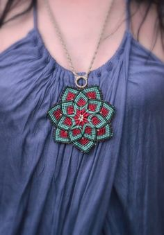Macrame mandala flower unisex red brown mint olive by Bohochoco, €35.00