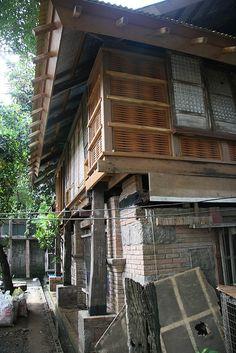 Filipino Architecture, Philippine Architecture, Wooden Window Design, Filipino House, Philippine Houses, Filipino Culture, Manila, Traditional House, Architecture Details
