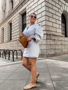 10 DENIM (& white) SUMMER OUTFIT IDEAS Fall Fashion Outfits, Chic Outfits, Fashion Hacks, Fashion Bloggers, Curvy Street Style, Casual Summer Outfits For Women, Curvy Girl Outfits, Style Blog, Blogger Style