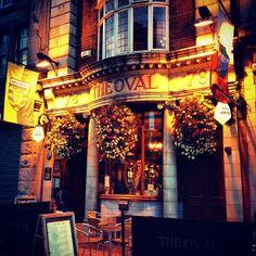Dublin Pubs, Dublin City, Quidditch Pitch, Victorian Buildings, Pub Crawl, Four Square, Perfect Place, Commercial, Harry Potter