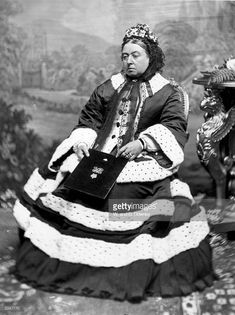 Queen Victoria - in the dress worn at the Thanksgiving Service for the recovery of Edward Prince of Wales from Typhoid. (Photo by W. Princesa Victoria, Reine Victoria, Victoria Reign, Queen Victoria Family, Queen Victoria Prince Albert, Victoria And Albert, Kensington, Elisabeth Ii, Queen Victoria