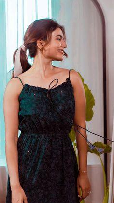 Indian Bollywood Actress, Bollywood Girls, Beautiful Bollywood Actress, Most Beautiful Indian Actress, Bollywood Stars, Bollywood Fashion, Indian Actresses, Samantha Images, Samantha Ruth