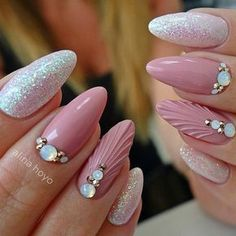 Pink Mermaid Nails Our collection of summer nail designs will help you make your look special during the summer. One of these will definitely come to your liking and create some vacation mood in case you still do not have it. Sea Nails, Pink Nails, Bridal Nails, Wedding Nails, Gorgeous Nails, Pretty Nails, Nagellack Design, Swarovski Nails, Rhinestone Nails