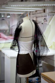Dans l'atelier Christian Dior   James Bort   Photographer & Filmmaker