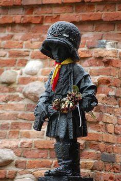 Little soldier's monument Warsaw Uprising - antygermans Poland Ww2, Warsaw Poland, Warsaw Uprising, Central Europe, My Heritage, Eastern Europe, World War, Wwii, Street Art
