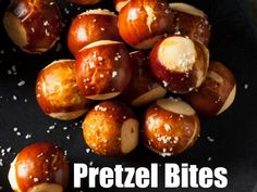 10 Best Cheese Fondue Dippers That Every Fondue Party Needs Pretzel Bites for Fondue Dips Für Fondue, Cheese Fondue Dippers, Best Cheese Fondue, Fondue Party, Fondue Recipes, Fondue Ideas, Raclette Party, Party Recipes, The Melting Pot