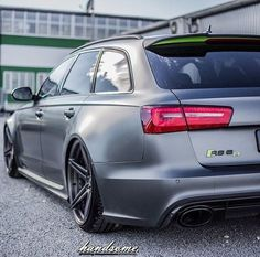 Audi RS6 Satin grey & acid green