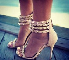 Chaussures Telcy disponible sur www.womensfashionstyles.fr