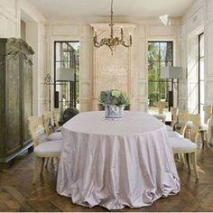 {Monday morning} inspiration... #interiors #frenchdecor #antiques #verandamagazine #chandelier #design #diningroom #europeanantiques