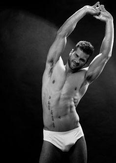 Reinaldo Dalcin faz ensaio sensual antes de viajar para o Mister Mundo – Bthcs