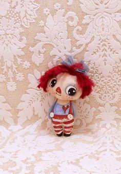 Teeny painted cloth doll Raggedy Annie by suziehayward on Etsy