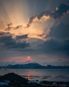 Alan's Shenzhen Bay #Art #Illustration #Design #Painting #Beautiful #artwithus