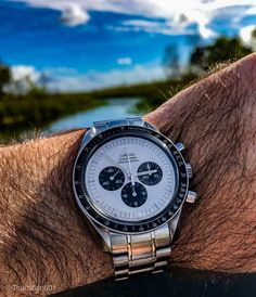 Omega Speedmaster, Insta Pic, Omega Watch, Cool Photos, Watches, Accessories, Color, Wristwatches, Colour