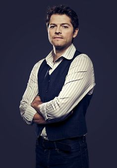 Misha Collins. Oh God...I don't think I can breathe. How one man can be so gorgeous is beyond me!