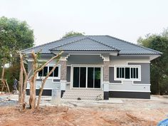 Small House Exteriors, Modern Bungalow House, Bungalow House Plans, Dream House Exterior, Cheap House Plans, Affordable House Plans, My House Plans, House Outside Design, House Front Design