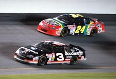 Jeff Gordon racing with Dale Earnhardt in 2000 (This brings back memories! Nascar Race Cars, Sprint Cars, Jeff Gordon Nascar, The Intimidator, Rainbow Warrior, Martin Truex Jr, Sports Figures, Dale Earnhardt, Sports Stars