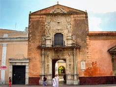 https://flic.kr/p/eaxDPU | Merida - A historic Mexican City | #Merida, now one of the safest in Mexico, is an architectural jewel, and has one of the country's largest historic centers outside Mexico City.   Block after block of houses dating to the mid-19th century and earlier are in the midst of a restoration boom, and the city's cultural and restaurant scenes are flourishing.  Read more here about this stunning City here > mayanexplore.com/top_places_det.php?m=33&c=3
