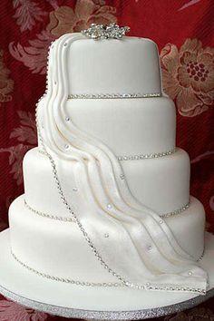 Elegant Dress-Like Wedding Cake Design