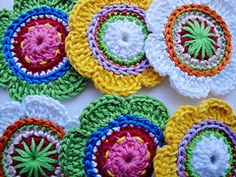 Sophie Flowers(Images) Crochet Patterns pattern by Maria Manuel