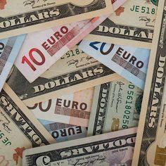 Cómo queda el dólar viajero electrónico y estudiante?  En rueda de prensa el ministro Pérez Abad anunció a qué tipo de cambio se venderán las divisas según el nuevo convenios cambiario  Toda la información en Nuestra web