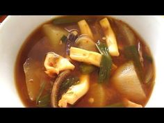 ▶ Squid soup (Ojingeoguk:오징어국) - YouTube