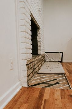 Good Snap Shots Fireplace Hearth removal Strategies Hearths have now been in the middle of our homes for tens of thousands of years. Where your fire wil Brick Fireplace Remodel, Fireplace Hearth, Stove Fireplace, Fireplace Inserts, Fireplaces, Removing Fireplace, Brick Hearth, Hotels, Window Benches