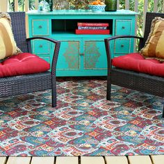 Outdoor Rug Makeover! #E-6000 #EclecticProducts #Makeover #Patio #Outdoors #MarkMontano #MakeYourMark