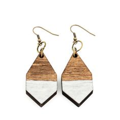 The DIAMANTE earrings are made of lightweight Finnish birch plywood. They add a splash of color to any outfit! Handmade in Helsinki, Kruununhaka. Soft Summer, Summer Breeze, Cotton Candy Clouds, Wooden Jewelry, Handmade Wooden, Bag Making, Color Splash, Jewelry Making, Drop Earrings
