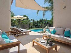 Luxury lining   France   Pool   Außenbereich   Outdoor sofa