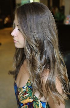gorgeous subtle highlights in brunette hair. love it.