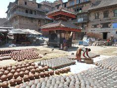Nepal - Baktaphur, Pottery Square