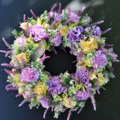 Wianek kwiatowy Nr 526