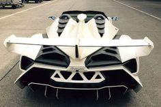 Rear view of a custom order Lamborghini Veneno Roadster . lots of white painted carbon fiber White Lamborghini, Lamborghini Veneno, Veneno Roadster, Convertible, Audi R8 V10 Plus, Love Car, Modified Cars, Small Cars, Automotive Design