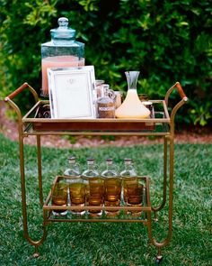 Cocktail Hour A bar cart was stocked with moonshine, lemon juice, honey syrup, and watermelon lemonade, to serve two versions of the cocktail. Wedding Signature Drinks, Signature Cocktail, New Years Eve Weddings, Real Weddings, Wedding Reception Food, Wedding Ideas, Woodsy Wedding, Wedding Stuff, Wedding Inspiration