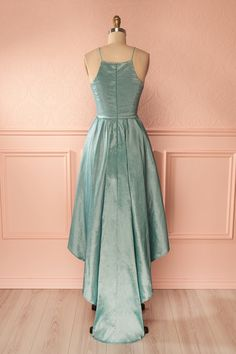 Eilna Mint - Teal shimmering high-low gown