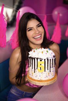 Yolo, Mariana Avila, Birthday Cake, Fnaf, Happy, Vestidos, Famous Youtubers, Famous Celebrities, Cat Art