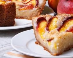 Yogurt cake with peach- - Ww Desserts, French Desserts, French Food, Gateau Cake, Yogurt Cake, Different Cakes, Sweet Recipes, Cheesecake, Food Porn