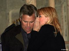 Richard Dean Anderson and Amanda Tapping in England