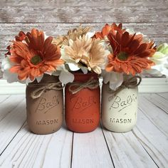 These fall painted mason jars are a perfect way to update your table this fall!
