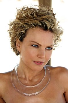 Short Curly Hairstyles for Round Faces 2015