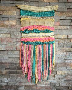 #wovenwallhanging made by #telaresyflecos Un favorito personal de mi tienda Etsy https://www.etsy.com/es/listing/474875843/woven-wall-hanging